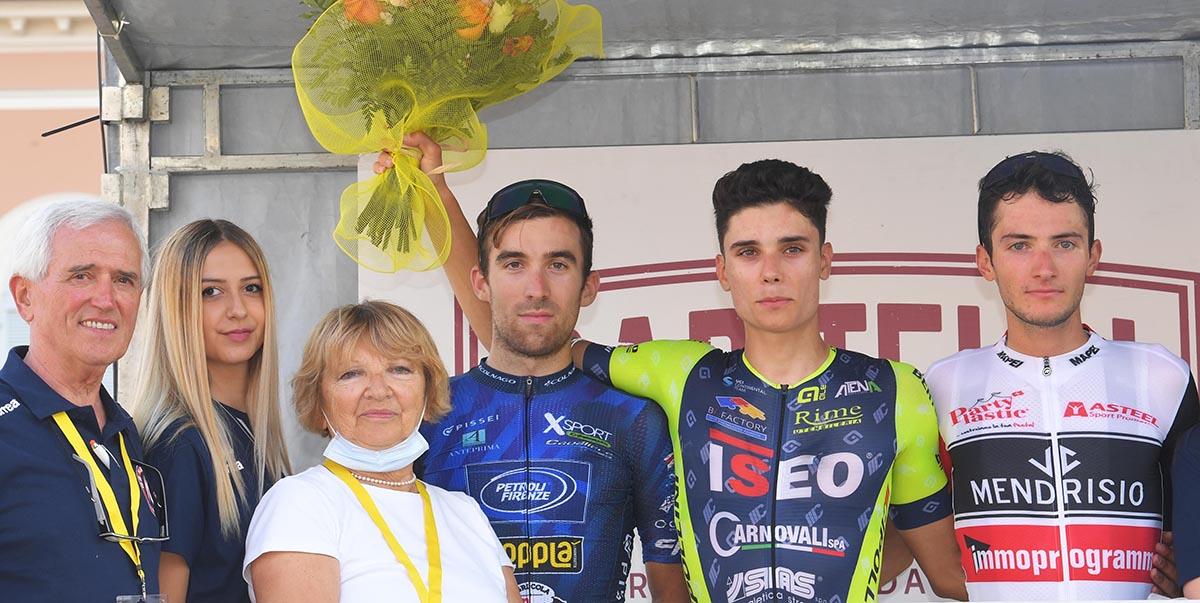 Il podio del Giro del Medio Po a Castel San Giovanni (foto Rodella)