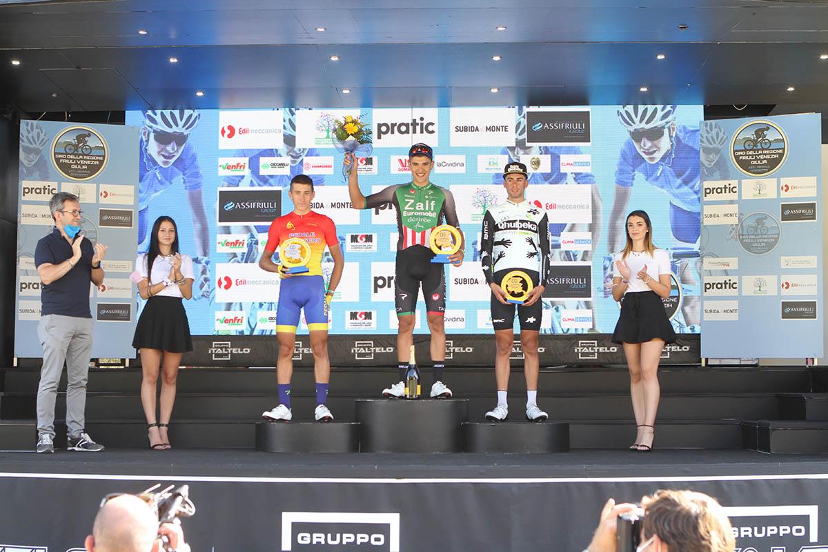 Il podio della prima tappa del Giro della Regione Friuli Venezia Giulia 2021 (foto Bolgan)